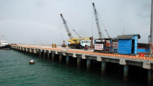 Cầu cảng số 2 tại cảng Cam Ranh