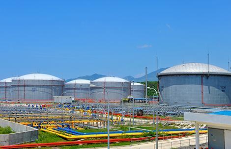 Giảm giá dầu từ 15h và giữ ổn định giá xăng