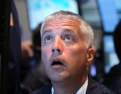 """Nhà đầu tư toàn cầu """"mất ăn mất ngủ"""" vì đâu?"""
