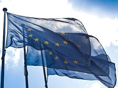 Reuters: 11 ngân hàng châu Âu rớt stress test