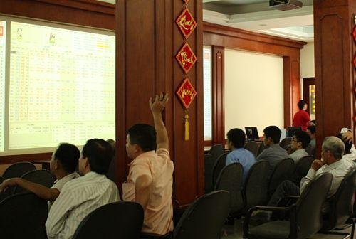Nhịp đập Thị trường 31/10: VN-Index tăng gần 12 điểm