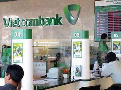 Vietcombank tiếp tục giảm lãi suất huy động