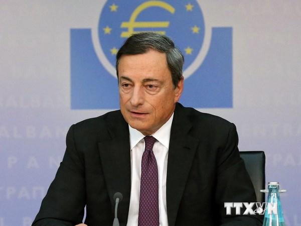 Chủ tịch ECB kêu gọi điều chỉnh tiền lương để cứu đồng euro