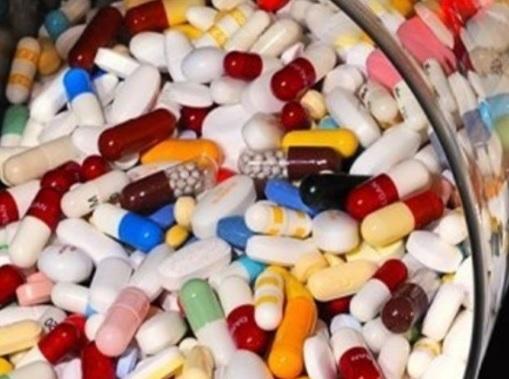"""Từ năm 2015 """"siết"""" chặt sản xuất thuốc tân dược"""