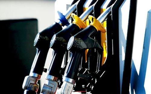 Xu hướng giá dầu và thị trường chứng khoán Mỹ