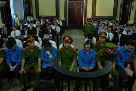 Bị cáo trong vụ Huyền Như: 'Tội của bị cáo là tin Huyền Như!'