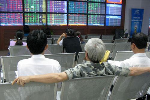 """Tuần 26 - 30/01/2015: 10 cổ phiếu """"nóng"""" dưới góc nhìn PTKT của Vietstock"""