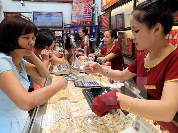Thiếu lực đỡ, giá vàng SJC giảm hơn 100.000 đồng mỗi lượng