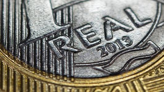 """Brazil tiếp tục nâng lãi suất: """"Thêm dầu vào lửa"""""""
