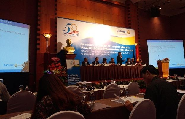 ĐHĐCĐ Tập đoàn Bảo Việt: Cổ đông chất vấn kế hoạch lợi nhuận giảm