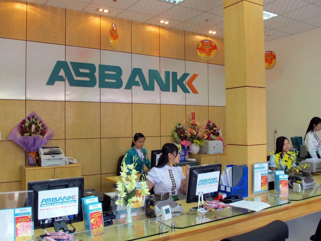 ABBank cũng tính đường sáp nhập