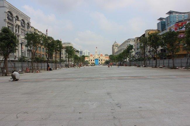 Phố đi bộ Nguyễn Huệ cấm xe tối thứ 7 và chủ nhật