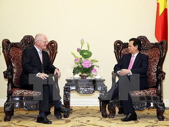 Thủ tướng Nguyễn Tấn Dũng tiếp Đại sứ, Trưởng Phái đoàn Liên minh châu Âu (EU) Franz Jessen.