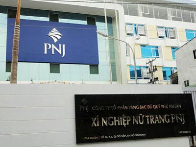 PNJ: Tăng dự phòng khoản đầu tư vào DongABank, lãi công ty mẹ sau soát xét giảm mạnh