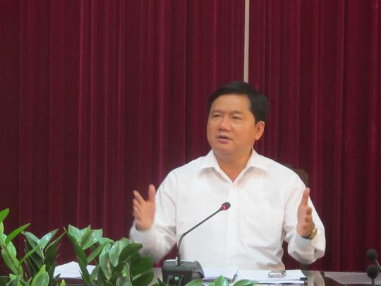 Cách chức Tổng giám đốc mua toa xe Trung Quốc đã qua sử dụng