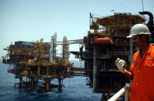 Iran kêu gọi đầu tư 200 tỷ USD phát triển ngành dầu mỏ