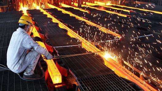 Mỹ tăng 522% thuế lên thép Trung Quốc
