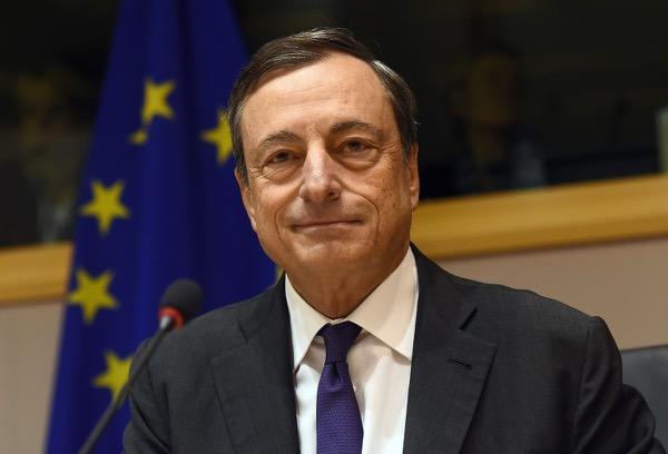 ECB bất ngờ cắt giảm quy mô của chương trình mua trái phiếu