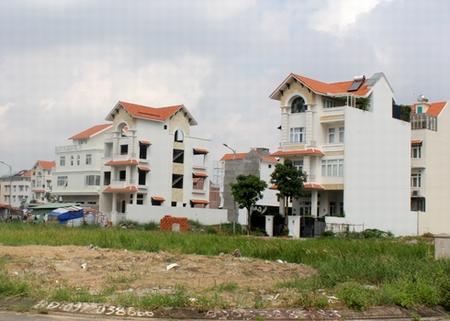nha dat 1334589 Mua nhà đất bằng giấy tay mua đi bán lại qua nhiều người thì có thể làm sổ đỏ được không?