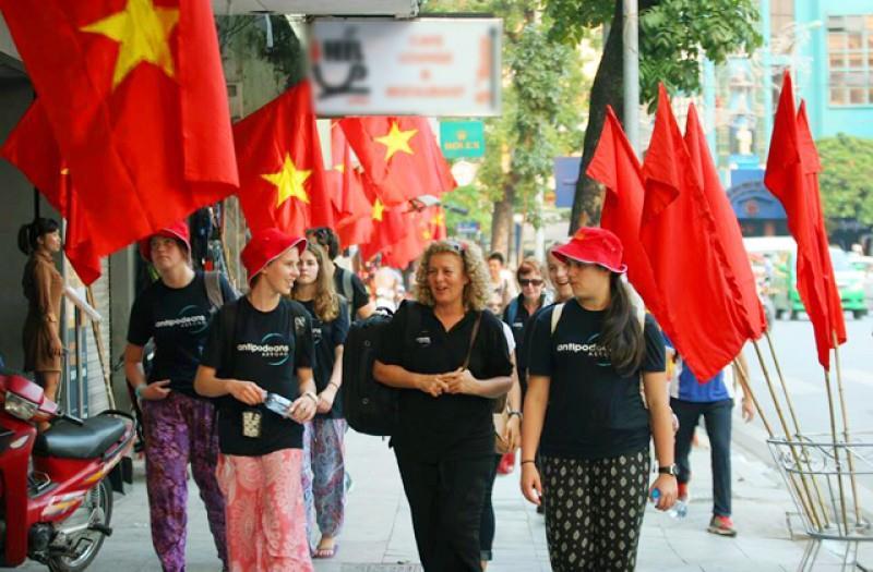 Khách quốc tế đến Việt Nam đạt gần 1.2 triệu lượt trong tháng 2