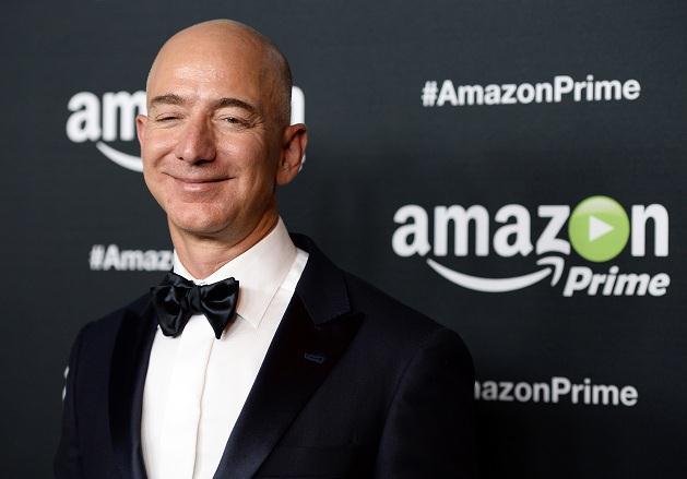 CEO Amazon rút ngắn khoảng cách tới ngôi vị giàu nhất thế giới