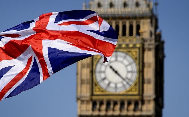 Kinh tế Anh giảm tốc trước áp lực từ lạm phát