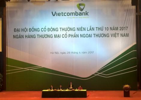ĐHĐCĐ Vietcombank: Xin ý kiến thoái vốn tại Eximbank