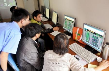 Nhịp đập Thị trường 23/05: Đánh úp cuối phiên