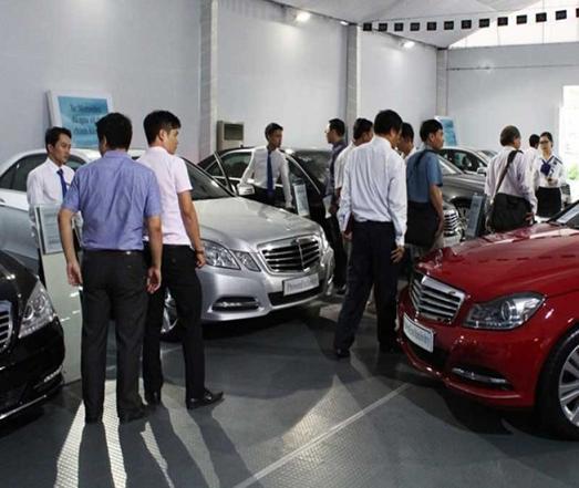 Thuế nhập khẩu ô tô về 0%, gấp rút ứng phó