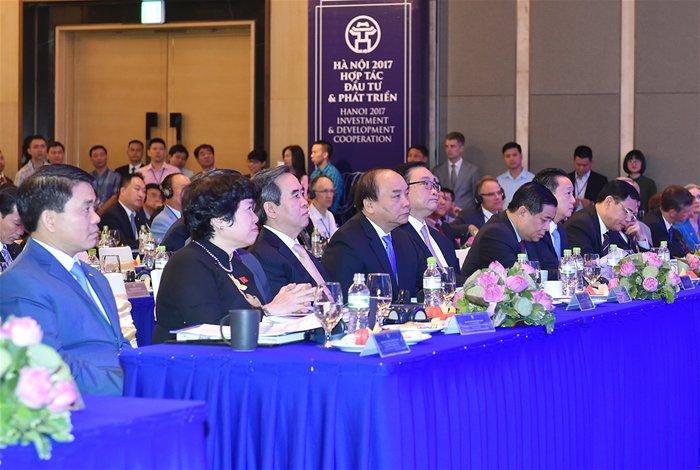 Hà Nội trao chủ trương đầu tư cho 48 dự án