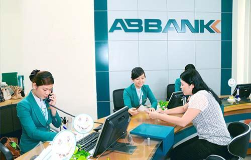 ABBank: Em gái Chủ tịch Vũ Văn Tiền đã thoái hết hơn 8.5 triệu cp