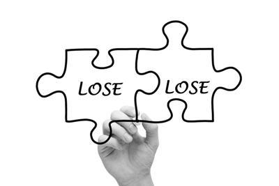 Doanh nghiệp thua lỗ - Những mảng tối đầu tiên trong mùa BCTC quý 2/2017
