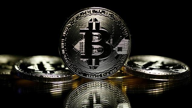 Mới vượt ngưỡng 14,000 USD không lâu, Bitcoin lại đột phá mốc 15,000 USD