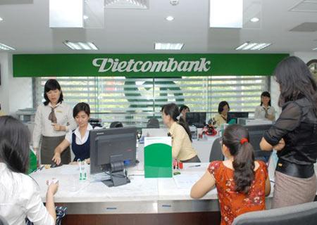 Vietcombank đăng ký bán 7.6 triệu cp Vietnam Airlines