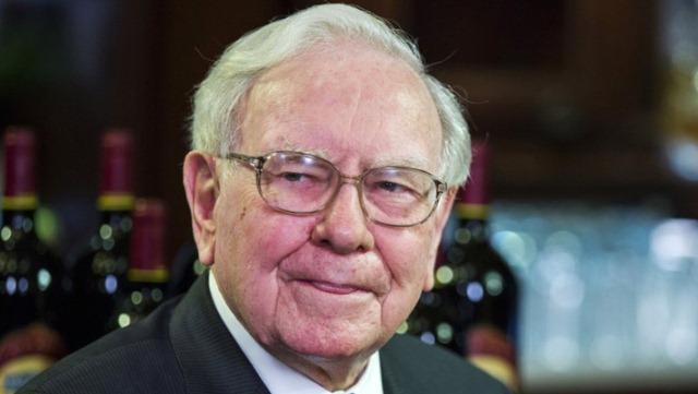 Tỷ phú Warren Buffett có bằng Đại học Columbia