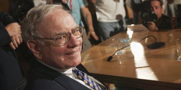 Warren Buffett đã dự báo sự sụp đổ của nhà bán lẻ lâu đời nhất nước Mỹ cách đây hơn... 1 thập niên!