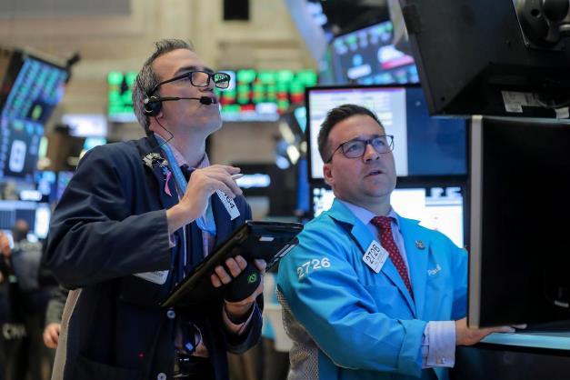 110618 ck - Dow Jones Vọt Gần 200 Điểm Trước Thềm Cuộc Bầu Cử Mỹ Giữa Nhiệm Kỳ