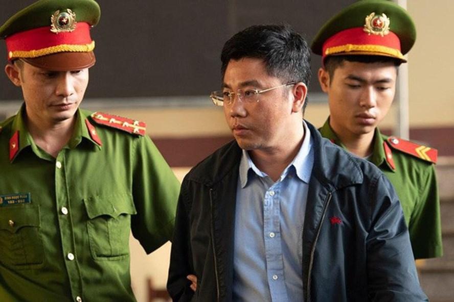 """Xét xử đường dây đánh bạc nghìn tỉ: Đây là lý do phải cách ly """"ông trùm"""" Nguyễn Văn Dương tại tòa"""