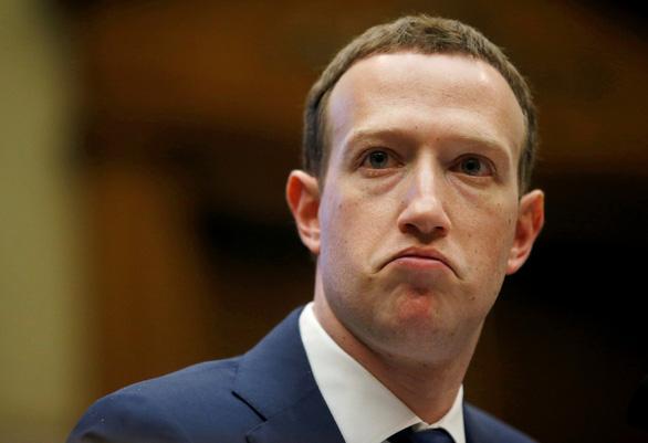 fb 1 - Ứng Viên Trẻ 'Né' Facebook Sau Bê Bối Dữ Liệu Cambridge Analytica?