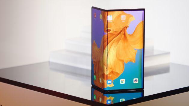 Phòng trường hợp không thể sử dụng phần mềm từ Mỹ, Huawei đã tự phát triển phần mềm cho điện thoại