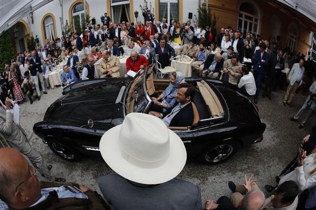 Chiêm ngưỡng loạt xe hiếm tại triển lãm ôtô cổ điển Italy  - Ảnh 1.