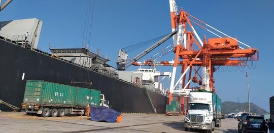 Vinalines đã chuyển tiền sang nhượng 75,01% cổ phần cảng Quy Nhơn - Ảnh 2.