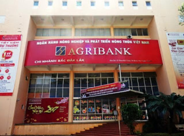 Kinh doanh giảm, Agribank Bắc Đắk Lắk vẫn chi 600 triệu/tháng tiếp khách