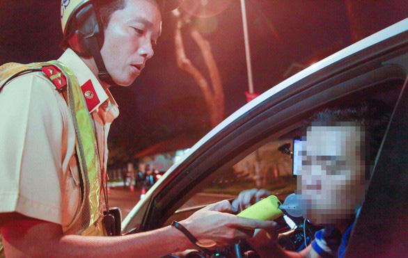Ủy ban Thường vụ tha thiết đề nghị Quốc hội bổ sung quy định đã uống rượu bia không lái xe - Ảnh 1.