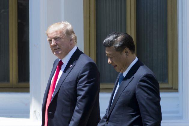 """Giữa lúc thương chiến với Mỹ, Trung Quốc """"trải thảm đỏ"""" chào đón các quốc gia khác"""