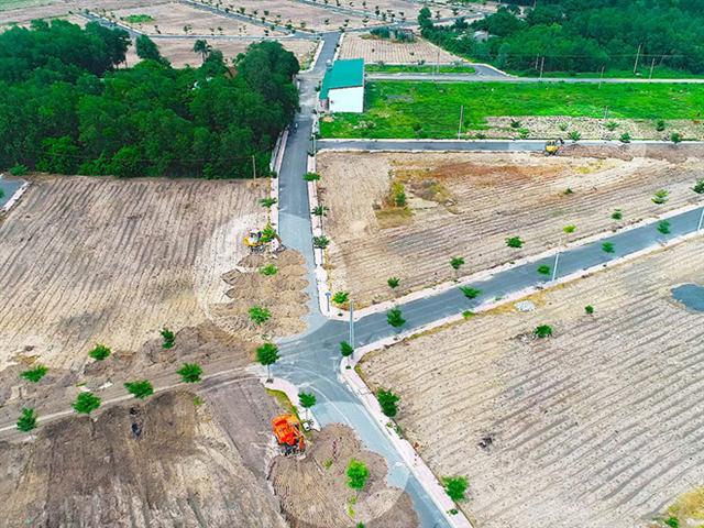 Dự án 'ma' vội vã lấp đường, chính quyền khẳng định vẫn cưỡng chế