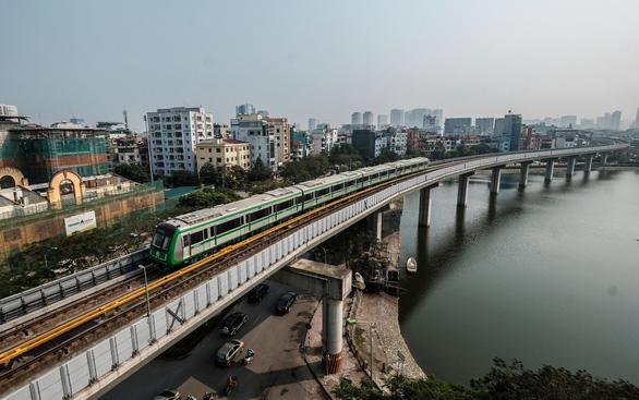 Tạm dừng dự án đường sắt đô thị Hà Nội do doanh nghiệp đầu tư để chờ cơ chế - Ảnh 1.