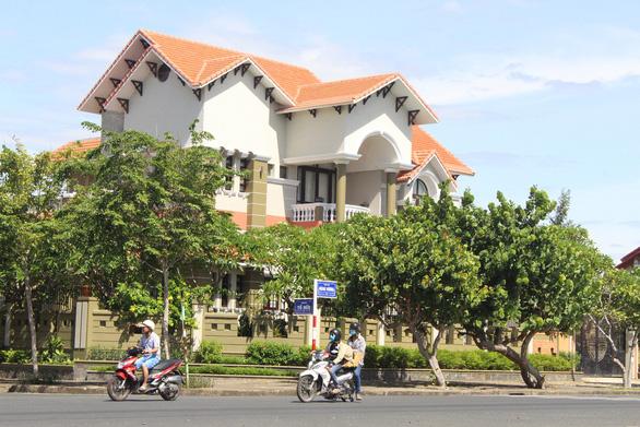 Phanh phui một loạt vụ giao đất vàng trái luật ở Phú Yên - Ảnh 3.