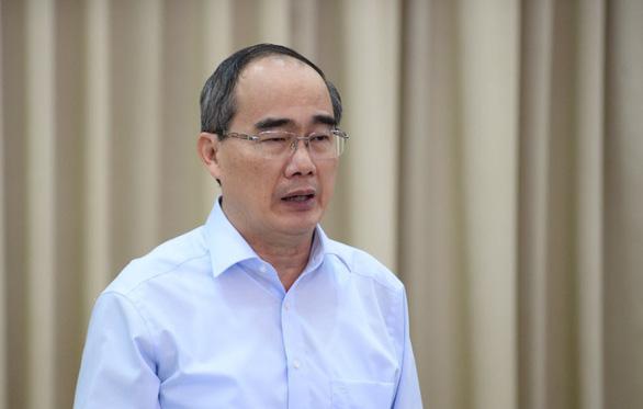 Bộ trưởng Nguyễn Mạnh Hùng: <span>TP.HCM</span> phải đặt mục tiêu ai cũng có smartphone - Ảnh 2.