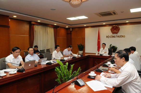 Bộ Công thương tính tăng nhập điện từ Lào và Trung Quốc - Ảnh 1.